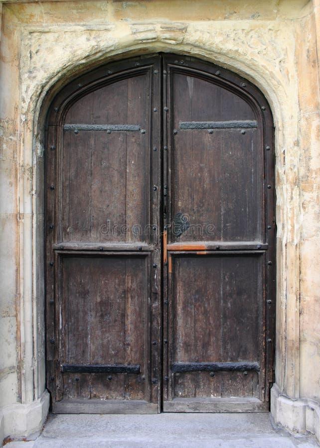 Porta da rua medieval imagens de stock royalty free