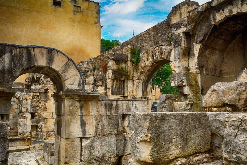 Porta de Augustus, Nimes, França foto de stock