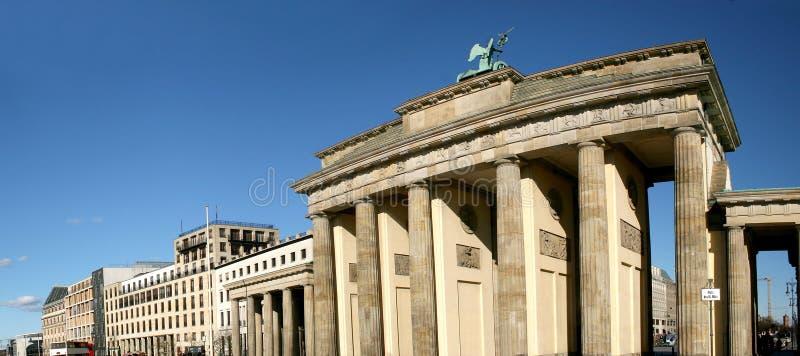 Porta de Brandebourg em Berlim fotografia de stock