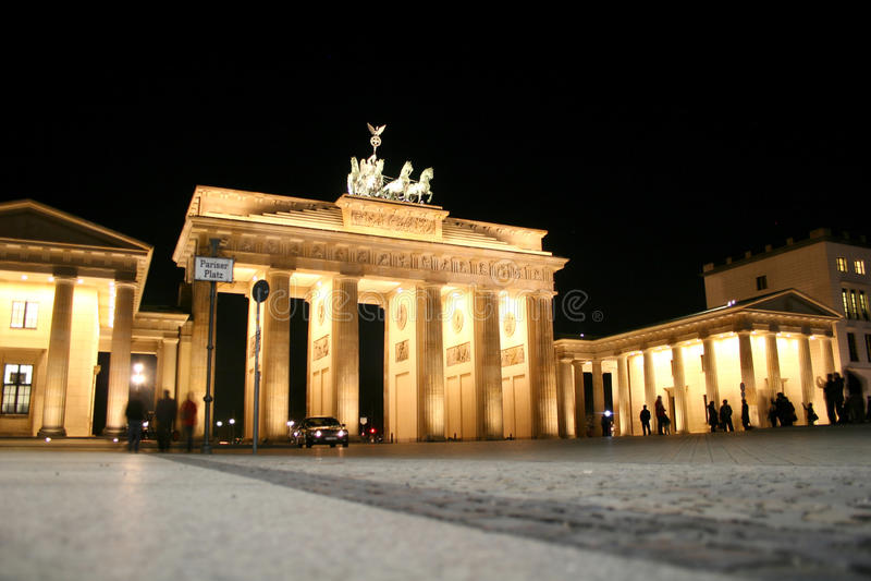 Porta de Brandebourg em Berlim imagens de stock