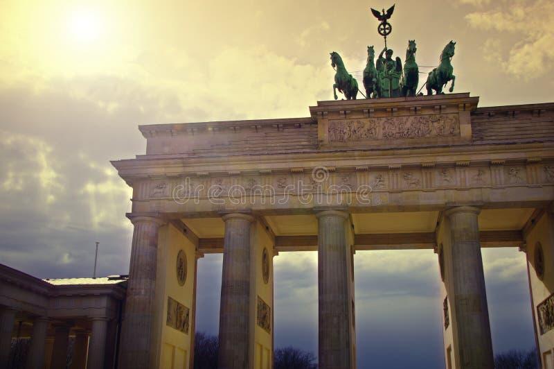 A porta de Brandemburgo em Berlim, Alemanha fotografia de stock