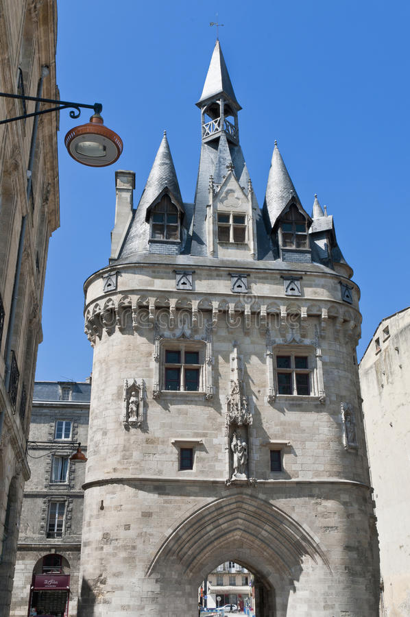 Download Porta De Cailhau No Bordéus, France Imagem de Stock - Imagem de edifice, cidade: 16862127