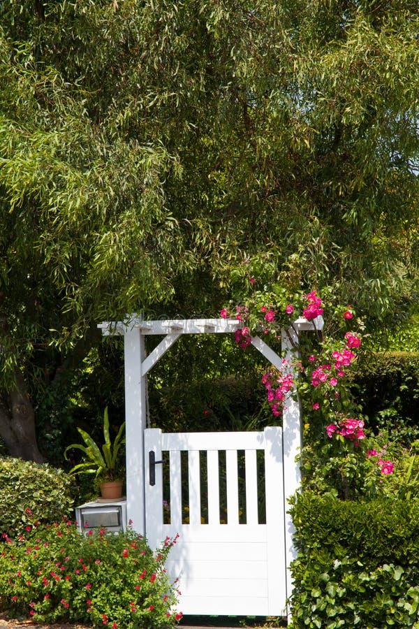 Porta de jardim fotos de stock