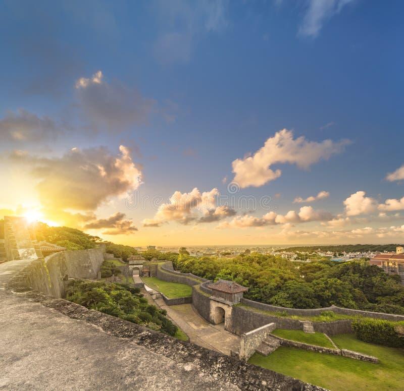 Porta de Kyukeimon do castelo de Shuri na vizinhança de Naha, a capital de Shuri de Okinawa Prefecture, Japão fotos de stock