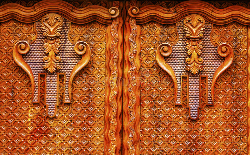 Porta de madeira dourada San Miguel de Allende Mexico de Brown fotografia de stock royalty free