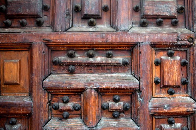 Porta de madeira velha fotografia de stock