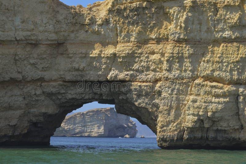 Porta de mar na rocha foto de stock