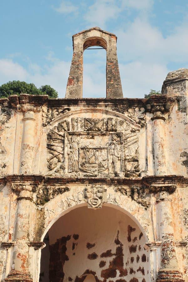 Porta De Santiago, Teil der Ruinen des Famosa portugiesisch lizenzfreies stockbild