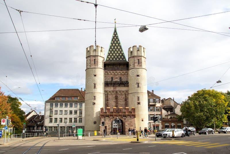 Porta de Spalentor em Basileia, Suíça fotos de stock