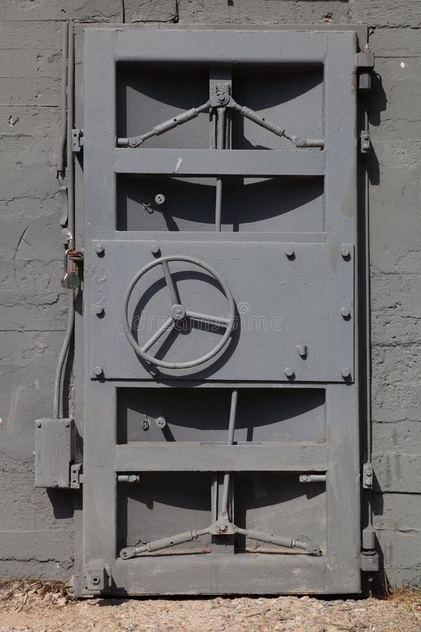 Porta del metallo fotografia stock libera da diritti