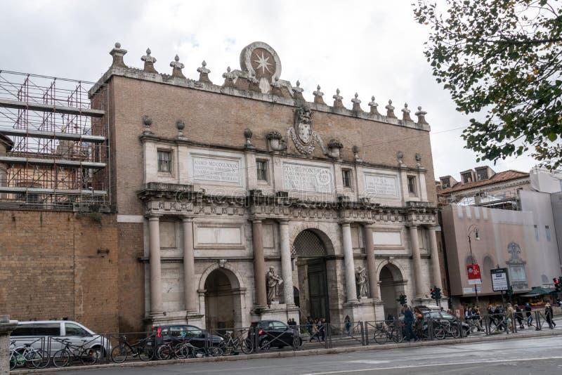 Porta del Popolo, Roma, Itália fotografia de stock royalty free