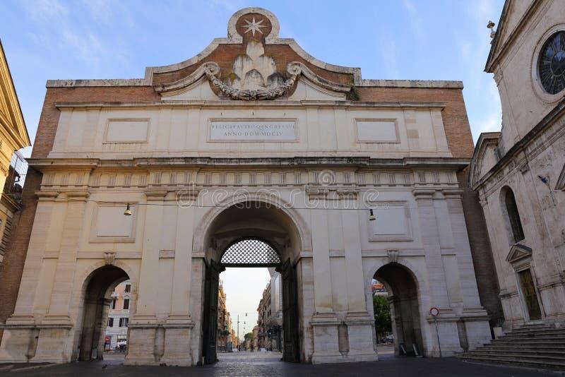 Porta Del Popolo w Rzym, Włochy zdjęcia royalty free