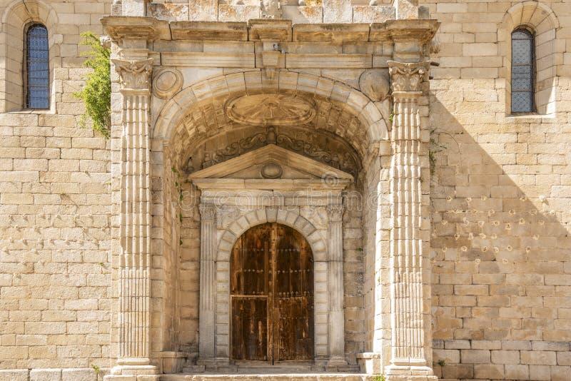 Porta della chiesa di San Miguel Villatoro La Mancha Spagna della Castiglia immagini stock