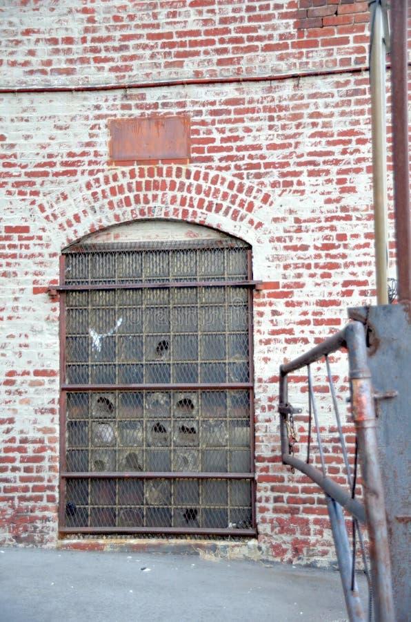 Porta della fabbrica immagine stock libera da diritti