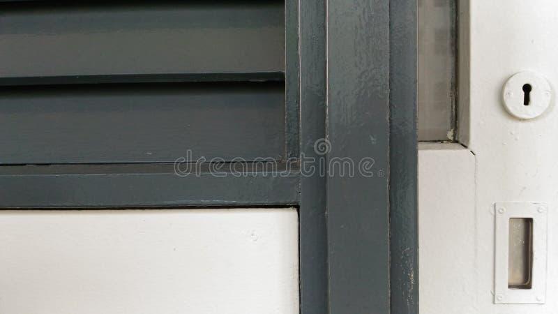 Porta deslizante da janela clássica do Louvre fotos de stock
