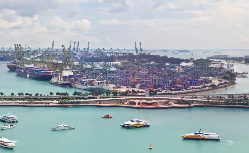 Porta di industriale di Singapore immagini stock