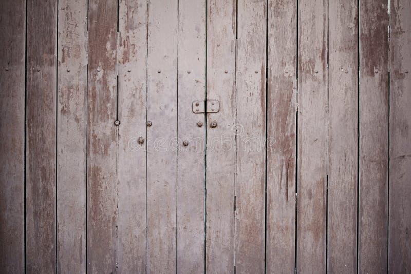 Porta di legno d'annata fotografie stock libere da diritti