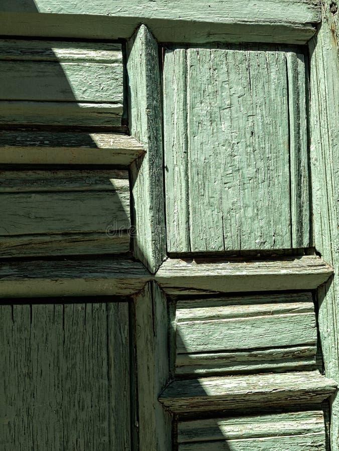 Porta di legno dipinta annata immagine stock