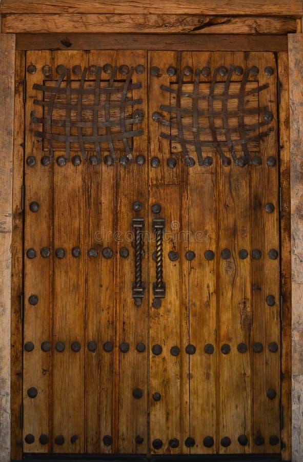 Porta di legno nel sud-ovest immagini stock