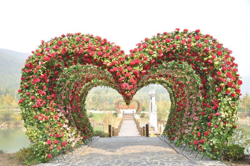 Porta do amor da forma do coração foto de stock royalty free