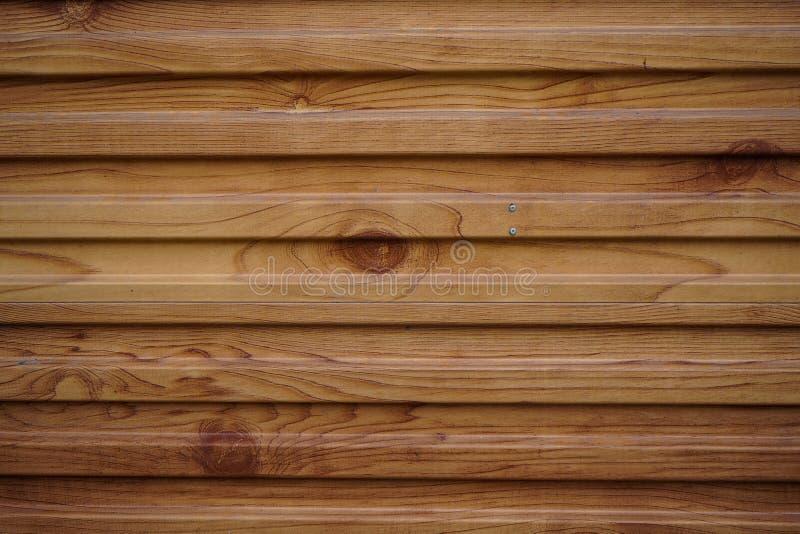 Porta do bordo da folhosa vista da parte dianteira da textura de madeira do fundo imagem de stock