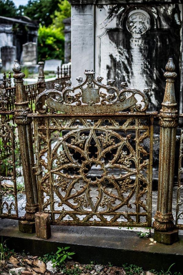 Porta do cemitério de Nova Orleães Lafayette fotos de stock