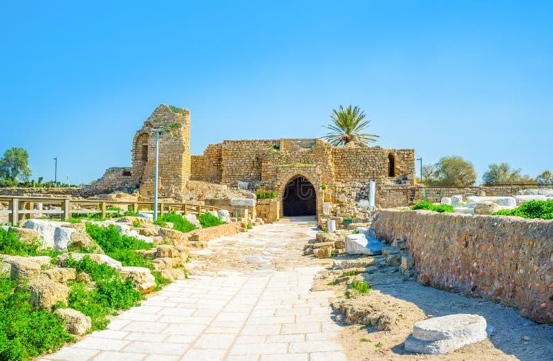 A porta do cruzado em Caesarea foto de stock royalty free