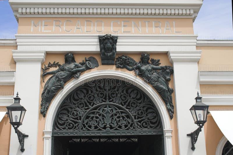Porta do mercado público - Santiago faz o Chile fotografia de stock royalty free