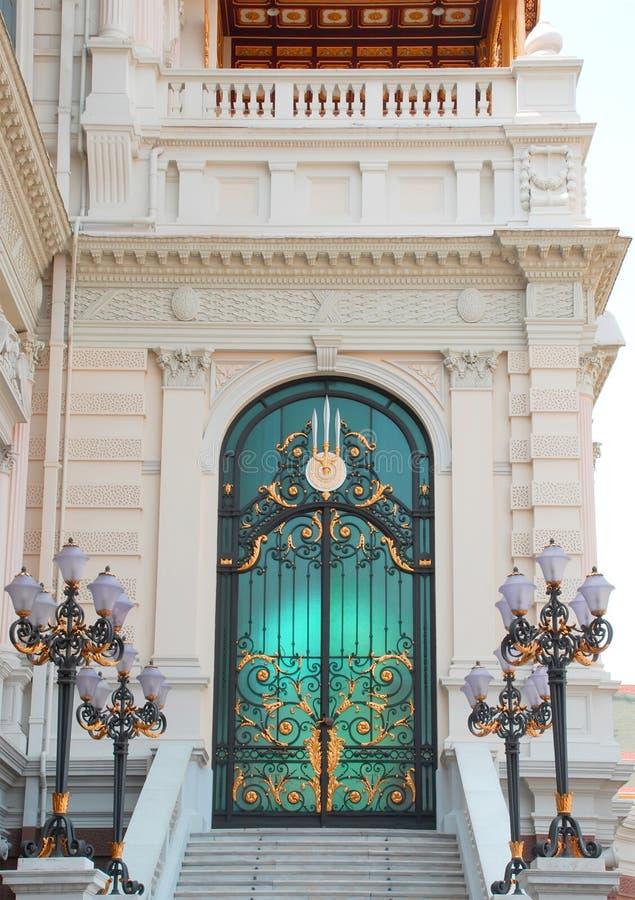 Porta do palácio para delegações extrangeiras fotografia de stock