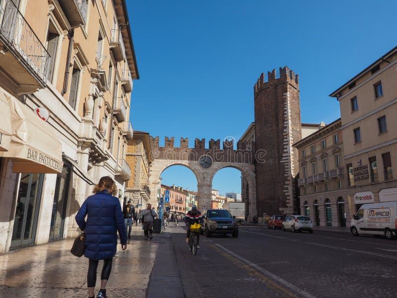Porta do suti? do della de Portoni em Verona imagem de stock royalty free