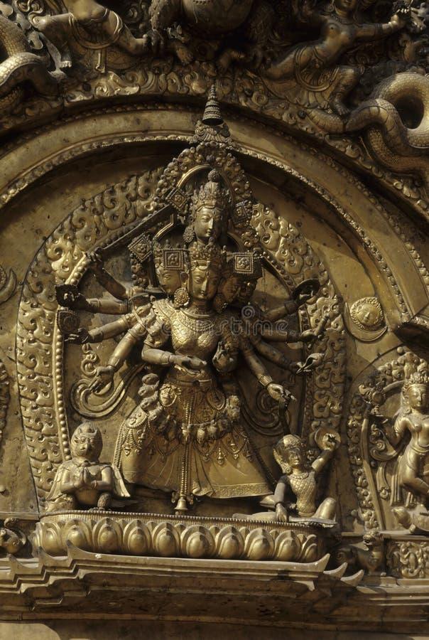 Porta dourada Bhaktapur, Nepal imagem de stock royalty free