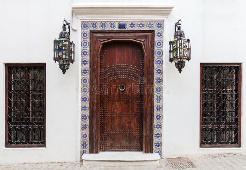 Porta e janelas de madeira antigas fotos de stock royalty free