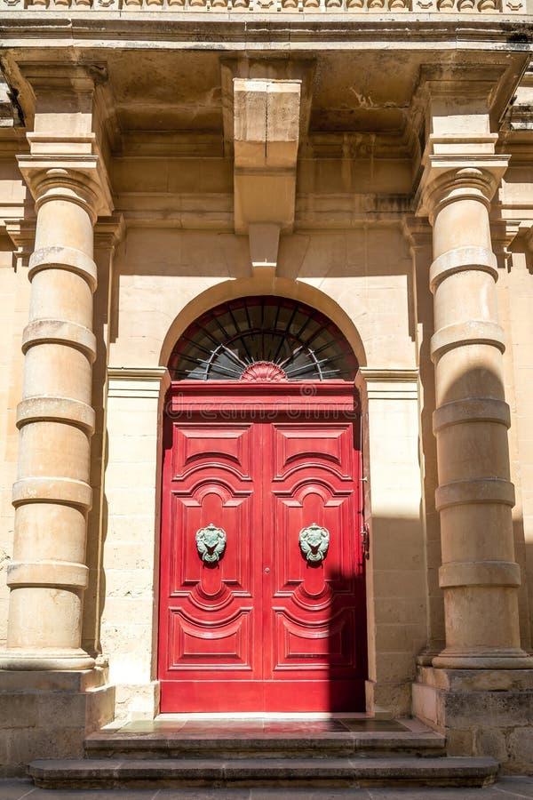 A porta em Malta fotografia de stock royalty free