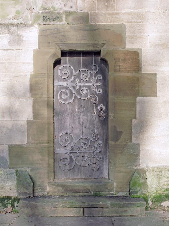 Porta ensolarado da capela fotografia de stock