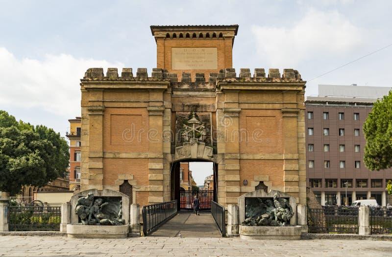 Porta Galliera à Bologna l'Italie images stock