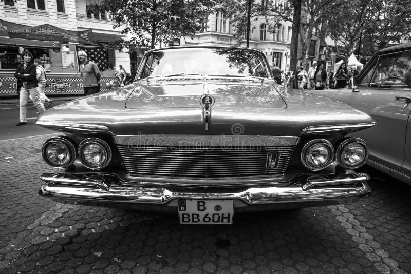 Porta imperiale Southampton, 1961 di abitudine 4 dell'automobile di lusso fotografia stock