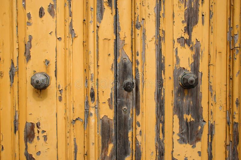 Porta maltese gialla con pittura fotografia stock libera da diritti