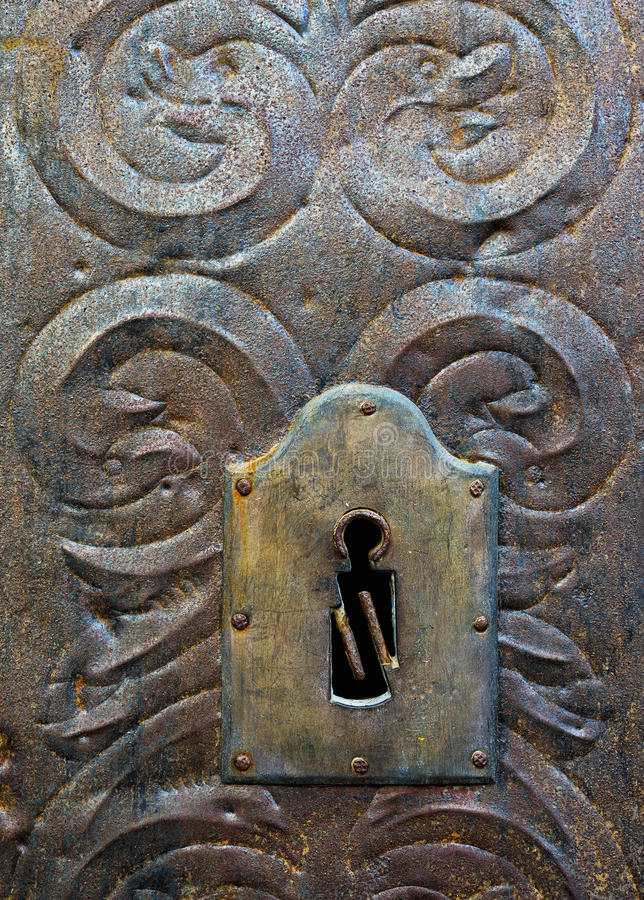 Porta medieval do metal fotografia de stock