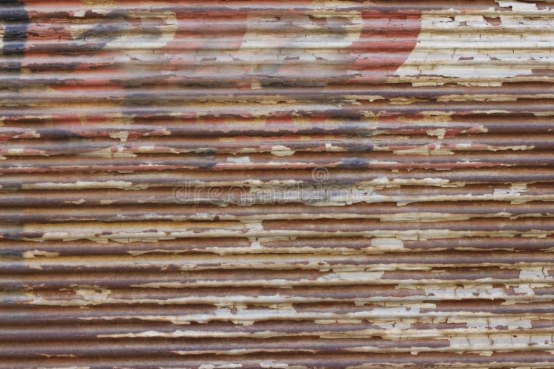 Download Porta Metálica Velha Com Grafittis Foto de Stock - Imagem de obturador, arte: 29848052