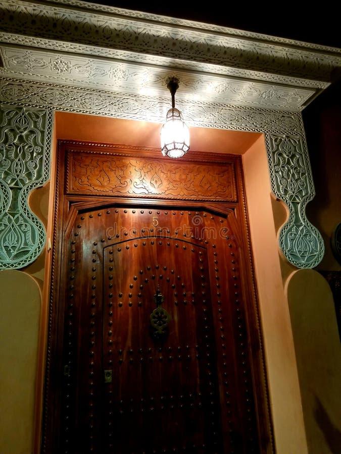 Porta na vizinhança de Rabat foto de stock