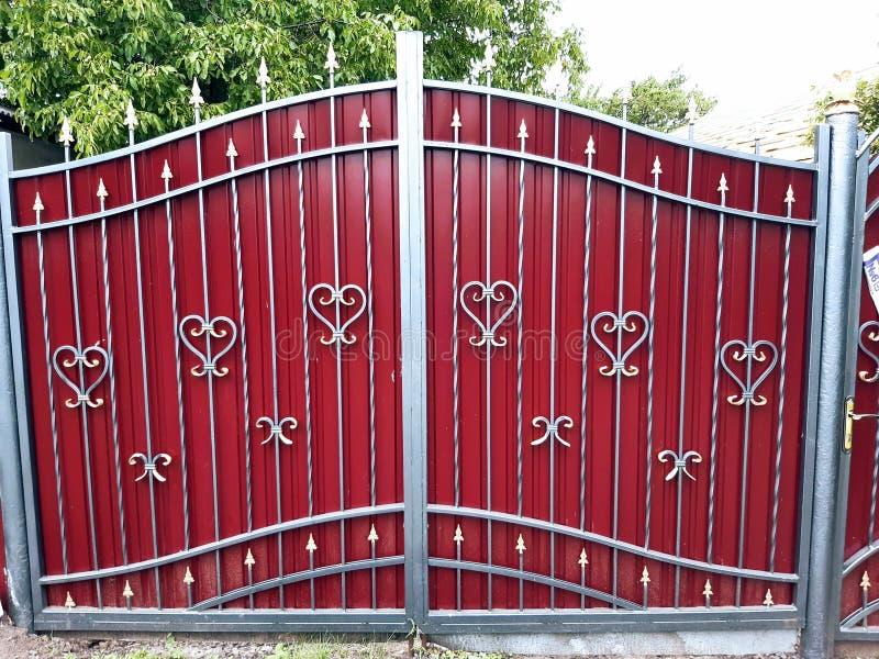 A porta olha como um castelo foto de stock royalty free