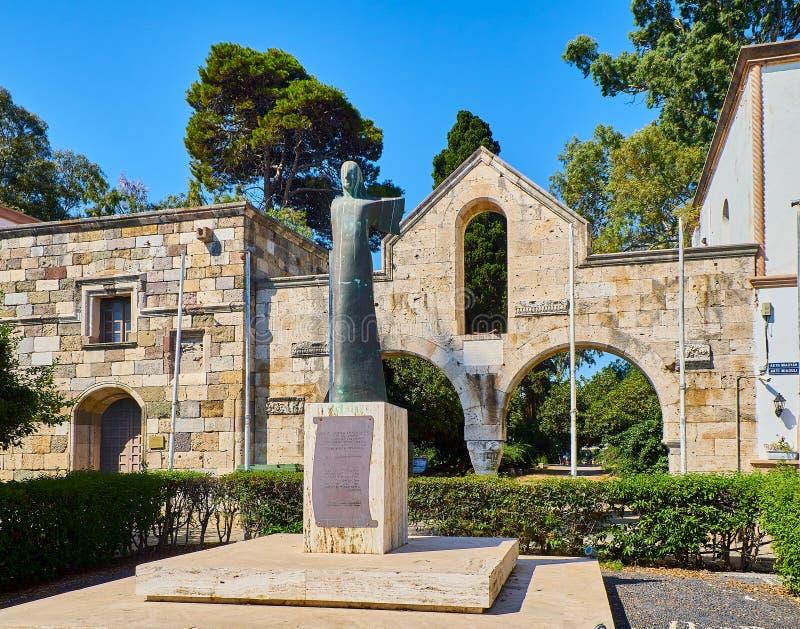 Porta oriental da ágora antiga de Kos Egeu sul, Grécia imagens de stock