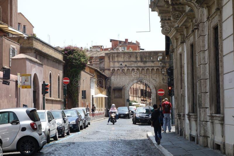 Porta Settimiana i Rome fotografering för bildbyråer