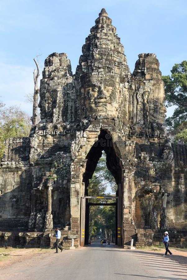 Porta sul a Angkor Thom em Camboja fotos de stock royalty free