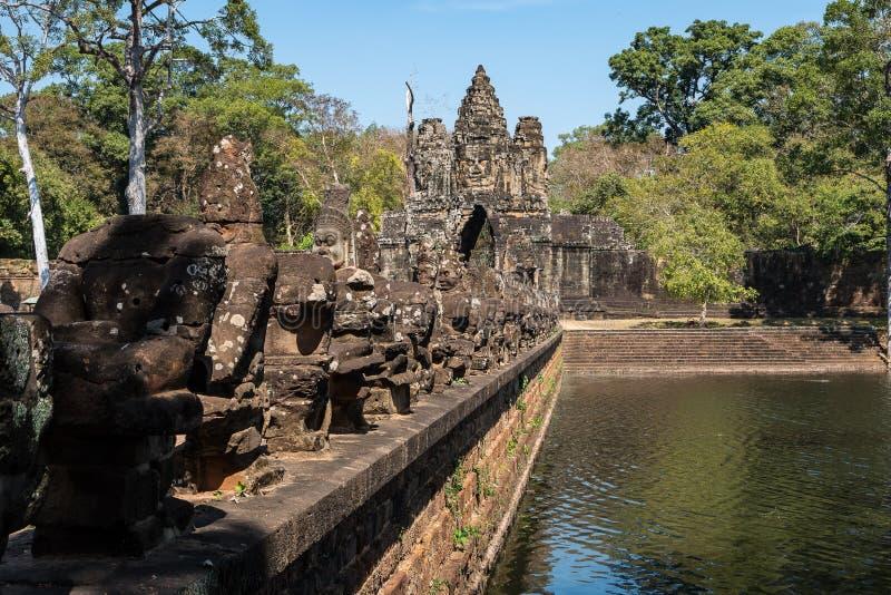 Porta sul a Angkor Thom em Camboja, ?sia imagem de stock