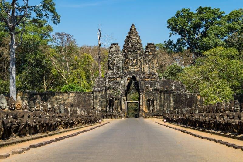 Porta sul a Angkor Thom em Camboja, ?sia fotos de stock royalty free