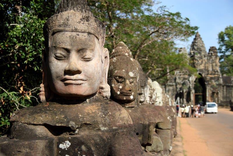 Porta sul de Angkor Thom imagem de stock
