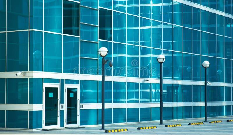 Download Porta Traseira Em Um Prédio De Escritórios Imagem de Stock - Imagem de lighting, porta: 26500503