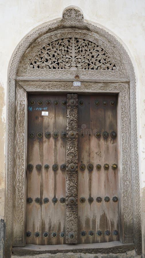 Porta velha, cidade de pedra, Zanzibar imagem de stock