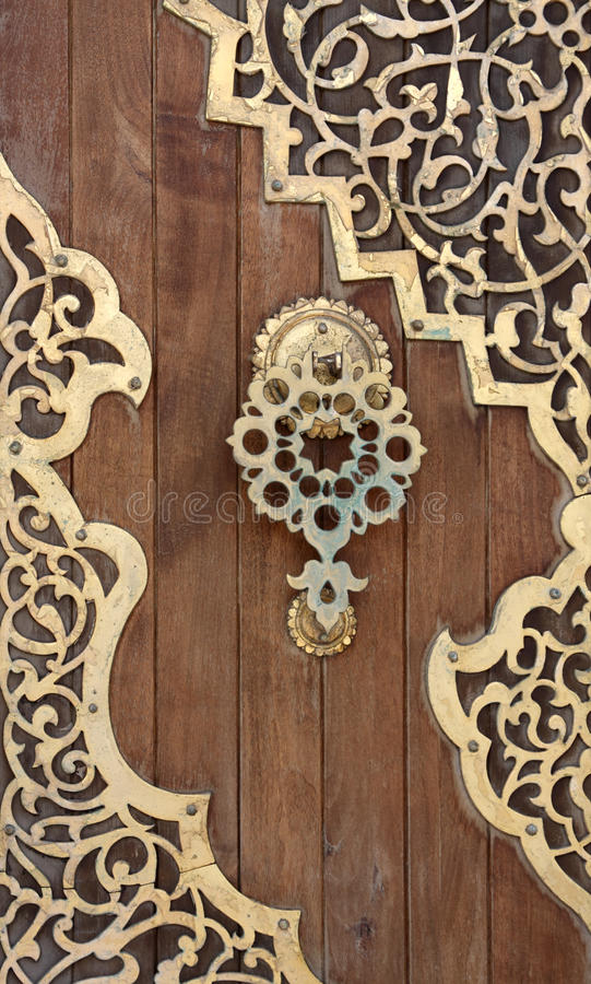 Porta velha do Arabesque, Líbano fotos de stock royalty free